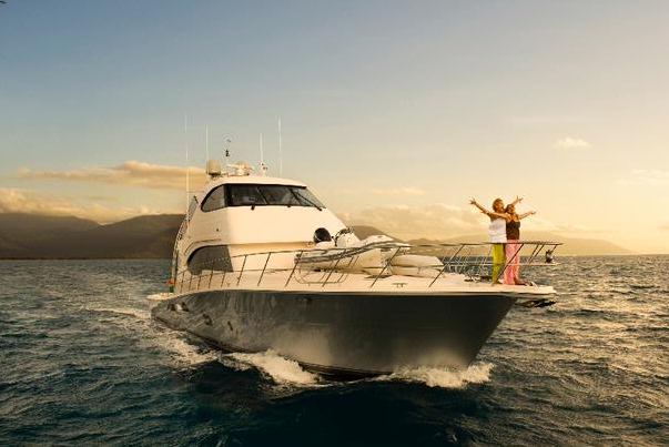 View large version of image: Riviera 70 Enclosed Flybridge motor yacht to ...