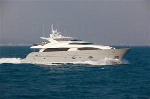 Horizon RP120 Motor Yacht MUSES launched