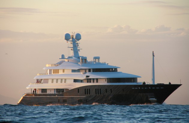 View large version of image: Superyacht C2