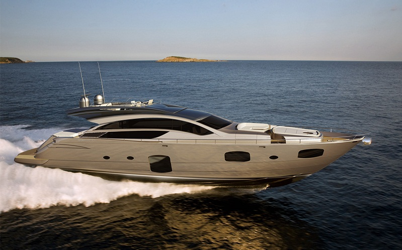 View large version of image: New motor yacht Pershing 82 to be launched in ...