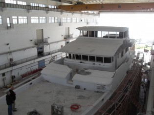 View large version of image: Works on the Nordhavn 120 Yacht Continue