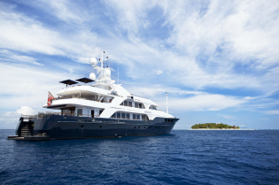 View large version of image: Unforgettable Fiji & South Pacific charter vacation aboard 54m luxury motor yacht NOBLE HOUSE