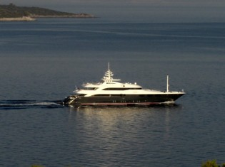 View large version of image: Luxury yacht charter vacations in GREECE – 10 outstanding superyachts available now