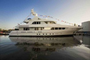 View large version of image: Cruise around Corsica and Sardinia aboard luxury charter yachts