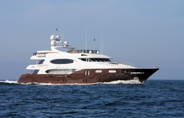 View large version of image: Superyacht Glaze