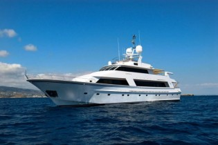 View large version of image: Luxury charter yacht DANIELLA available in SPAIN – 9 days for the price of 7!
