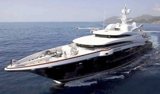 View large version of image: Luxury motor yacht and sailing yacht charters in Corsica