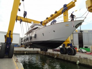 View large version of image: 24m yacht Maiora 24S launched by Fipa Group