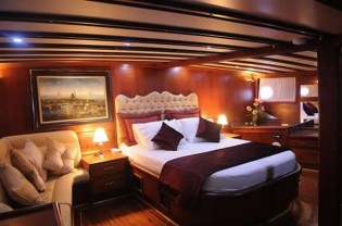 View large version of image: Luxury Boat Charters in Turkey Made Affordable | Bodrum Marmaris