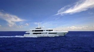 View large version of image: Horizon EP148 luxury yacht HORIZON POLARIS a Great Success