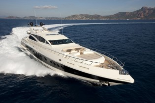 View large version of image: Sanlorenzo 40 Alloy yacht 111 and Italyachts' 43m yacht sold by Rodriguez Group