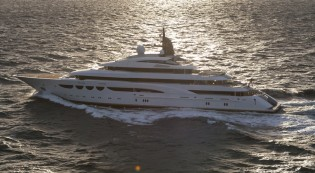View large version of image: Lurssen megayacht Quattroelle successfully completes sea trials