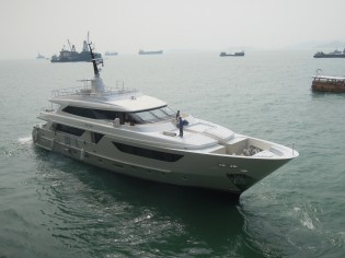 View large version of image: Sanlorenzo delivers SD122 yacht Lady Cecilia and sells 46Steel yacht in Hong Kong
