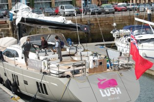 View large version of image: Oyster 885 yacht LUSH featuring Formula Marine's Shark Boom™