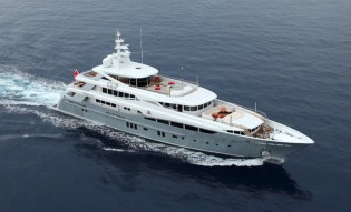View large version of image: Mulder designed Rossinavi 2 Ladies Yacht Finalist in the 2013 World Superyacht Awards