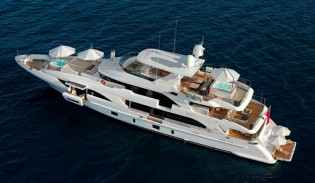 View large version of image: First Benetti Classic supreme 132' superyacht PETRUS II to make her debut at Miami Boat Show