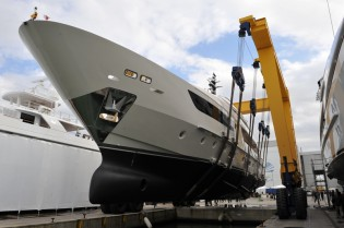 View large version of image: Sanlorenzo launch seventh 38 m SD122 ALCHEMIST TOO Yacht