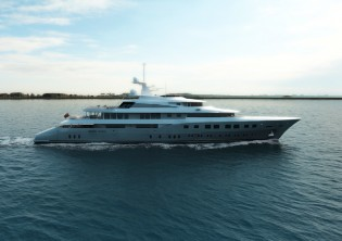 View large version of image: Dunya Yachts launch 72 m mega yacht RED SQUARE