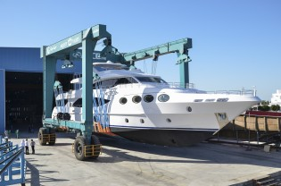 View large version of image: Gulf Craft launches third Majesty 125 Yacht ahead of her Middle Eastern Premiere at Dubai Boat Show