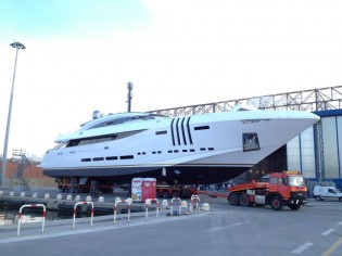 View large version of image: New 48 m superyacht Vellmari (Project Ketos) to be launched by Rossinavi
