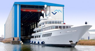 View large version of image: 71m Yacht UTOPIA returns home to Feadship for refit