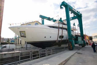 View large version of image: Ferretti Yachts launch its flagship Ferretti 960 Yacht