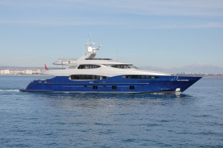 View large version of image: New 46m Vicem Yacht VULCAN now on water