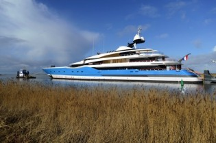 View large version of image: Feadship delivers 99m mega yacht MADAME GU (Project Dream)