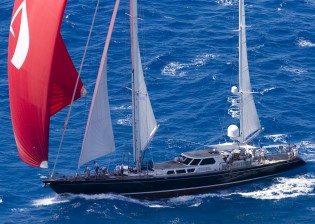 View large version of image: En-Route to New York City, Sailing Yacht AVALON