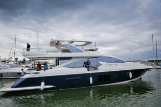 View large version of image: First superyacht Azimut 80 hits the water at Azimut Yachts in Italy