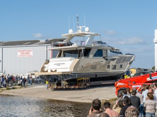 View large version of image: Couach Yachts launch first 2600 FLY Yacht OCRAM DOS VIGO