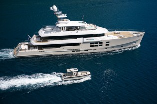 View large version of image: Southeast Asia Yacht Charter for Big Fish, Spirit and Dyna yacht