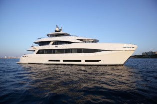 View large version of image: Curvelle receives innovative award for 34m superyacht QUARANTA