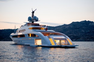 View large version of image: Monaco Yacht Show 2013: Multiple awards for superyacht GALACTICA STAR