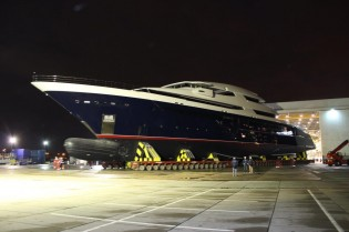 View large version of image: Mega yacht Project PA164 (Y709) leaves her shed at Oceanco