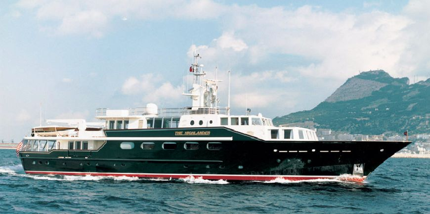 Refit of classic yacht THE HIGHLANDER proceeding well at