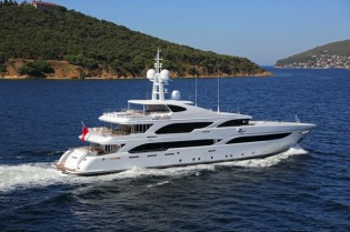 View large version of image: Proteksan Turquoise superyacht ILERIA shortlisted for IY&A Award 2014