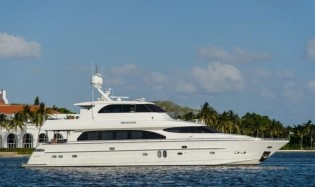 View large version of image: Bahamas and Florida Yacht Charter
