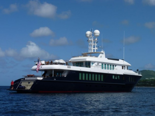 View large version of image: M/Y Capricorn as seen in St Barths