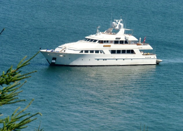 View large version of image: Crewed Charter Motor Yacht, Lady J