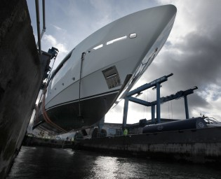 View large version of image: Sunseeker 155 Yacht BLUSH hits the water