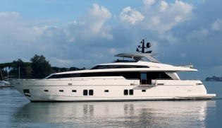 View large version of image: Palm Beach Boat Show 2014 to feature Sanlorenzo superyacht SL104-592