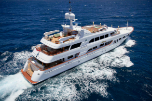 View large version of image: THAILAND YACHT CHARTER aboard luxurious 54m (177') MOTOR YACHT KERI LEE III