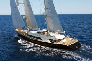 View large version of image: RSB Rigging Solutions hosting 56m Perini Navi superyacht ASAHI for rig refit