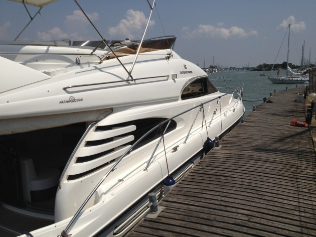 View large version of image: Fairline Squadron 55