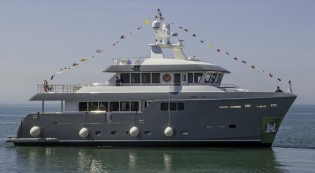 View large version of image: Darwin Class 86 superyacht GRA NIL launched by Cantiere delle Marche
