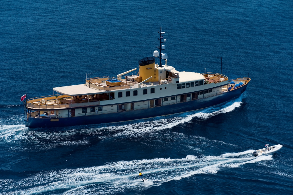 Croatia yacht charter aboard classic motor yacht seagull for Vintage motor yachts for sale
