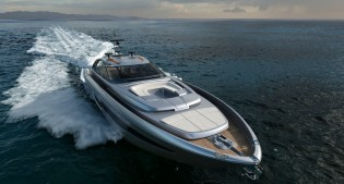 View large version of image: New superyacht Riva 88' Florida