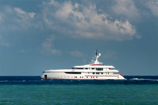 View large version of image: Delivery of ISA 54M superyacht FOREVER ONE