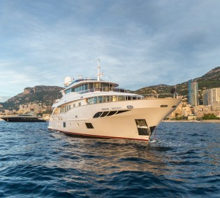 View large version of image: First Navetta 30 super yacht GATSBY by Filippetti